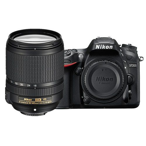 D7200 with 18-140mm