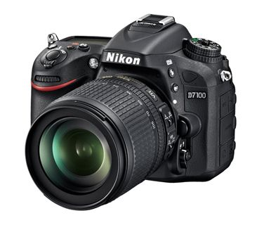 D7100 with 18-140mm